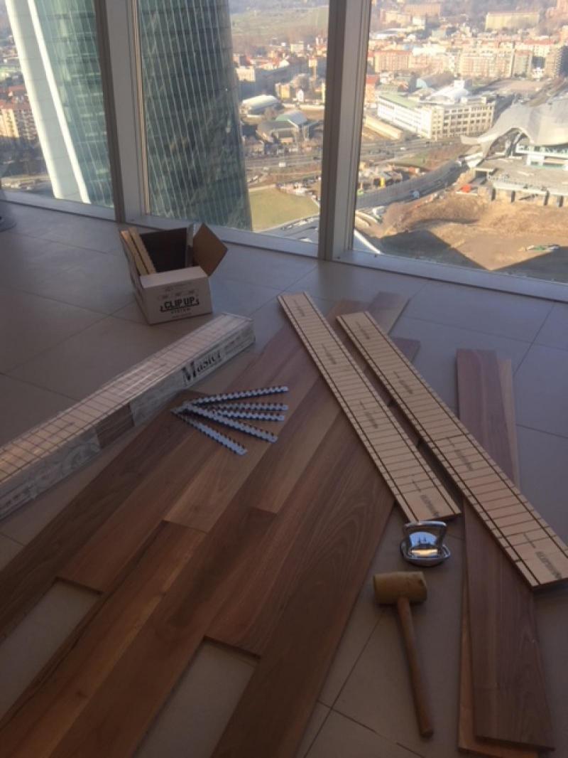 clip-up-system-parquet-posa-flottante-pavimenti-in-legno