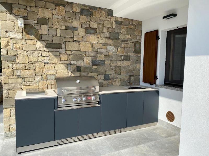 outdoor-kitchens-cucine-da-esterno-in-acciaio-modulari