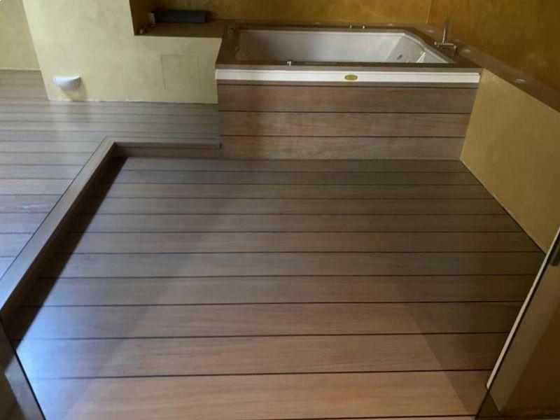 abitazione-privata-bagno-in-teak-fugato-navale-tinto-ash