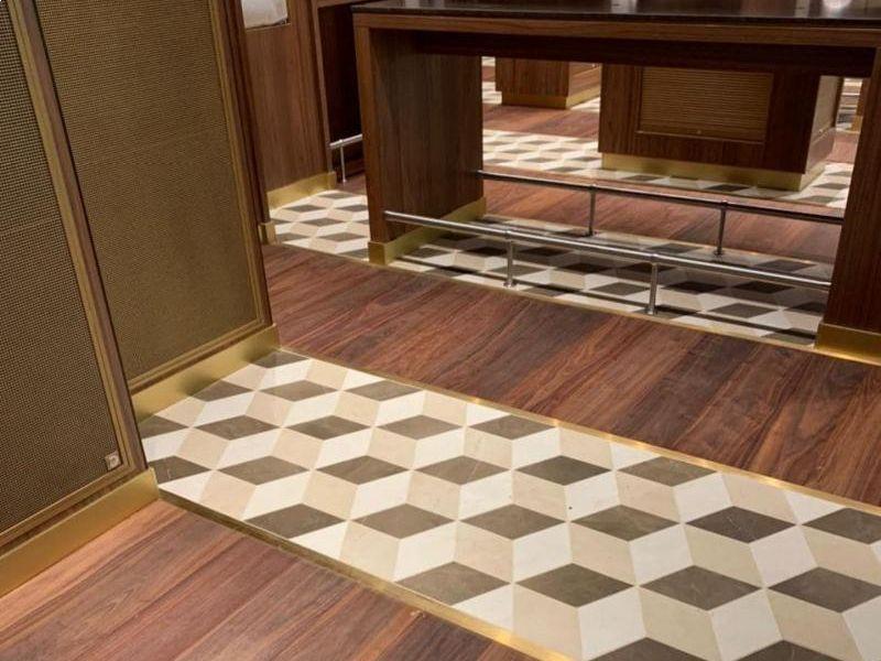 pavimenti-in-legno-noce-nace-posa-specializzata